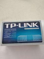 TP-LINK///8口交换机///型号TL-SF1008+